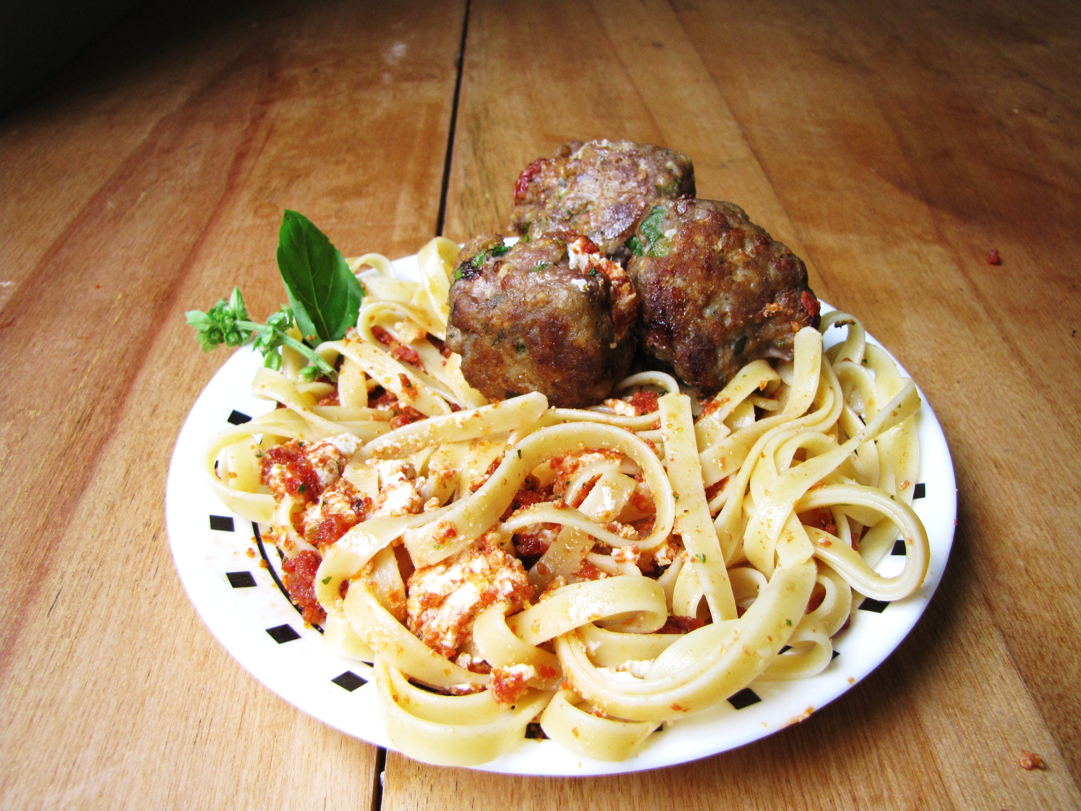 Sun-Dried Tomato Turkey Meatballs with Sun-Dried Tomato and Goat ...