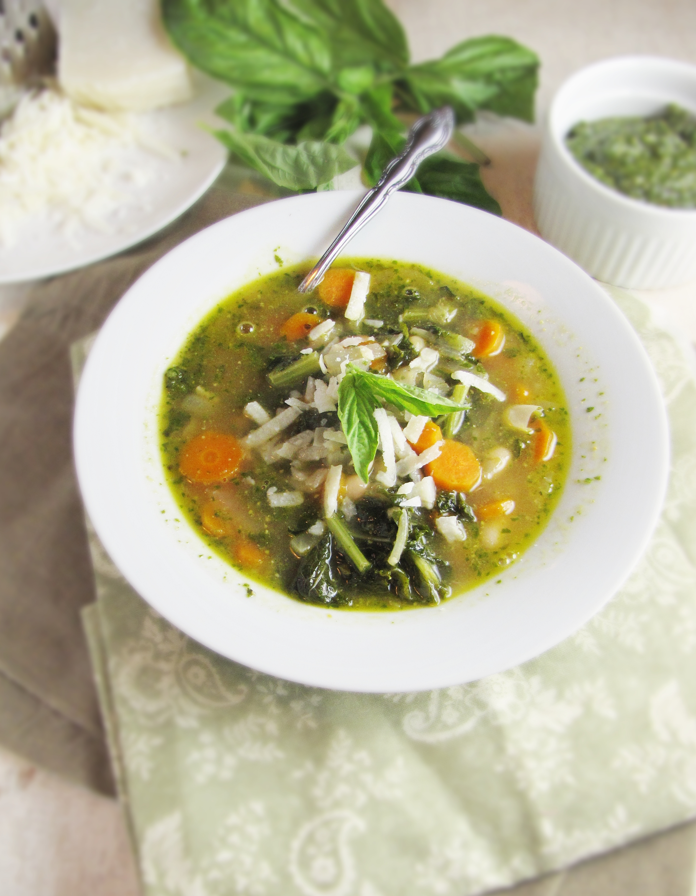 White Bean, Kale, and Pesto Soup