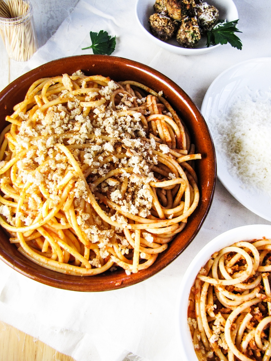 Book Club: Sicilia in Cucina, Venezia in Cucina // Spaghetti with Breadcrumbs and Parmesan Meatballs