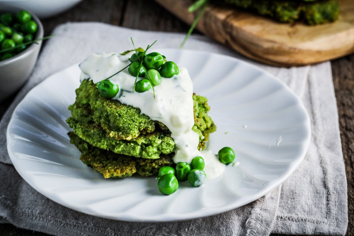 Ingredient of the Week: English Peas // Green Pea Fritters with Herbed Creme Fraiche