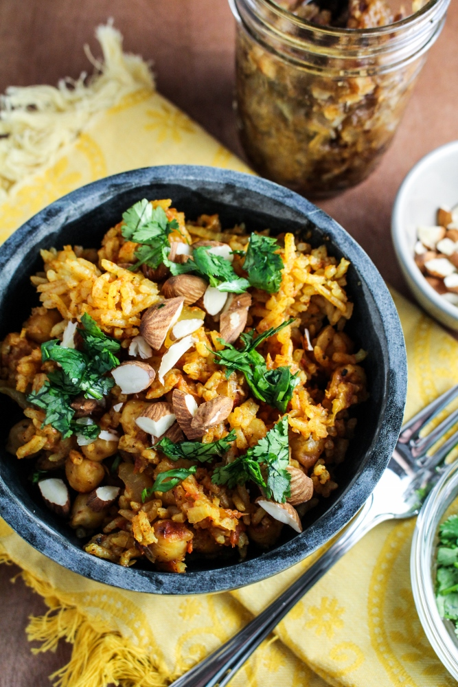 10 Healthy Winter Recipes - Pakistani Chickpea Pulao with Hot-Sweet Date-Onion Chutney {Katie at the Kitchen Door} #vegan