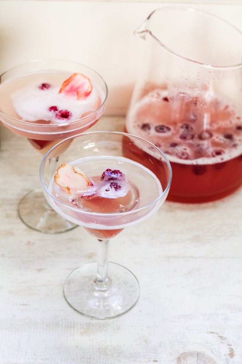 13 Spring Recipes - Rhubarb Prosecco Spritzer {Katie at the Kitchen Door}