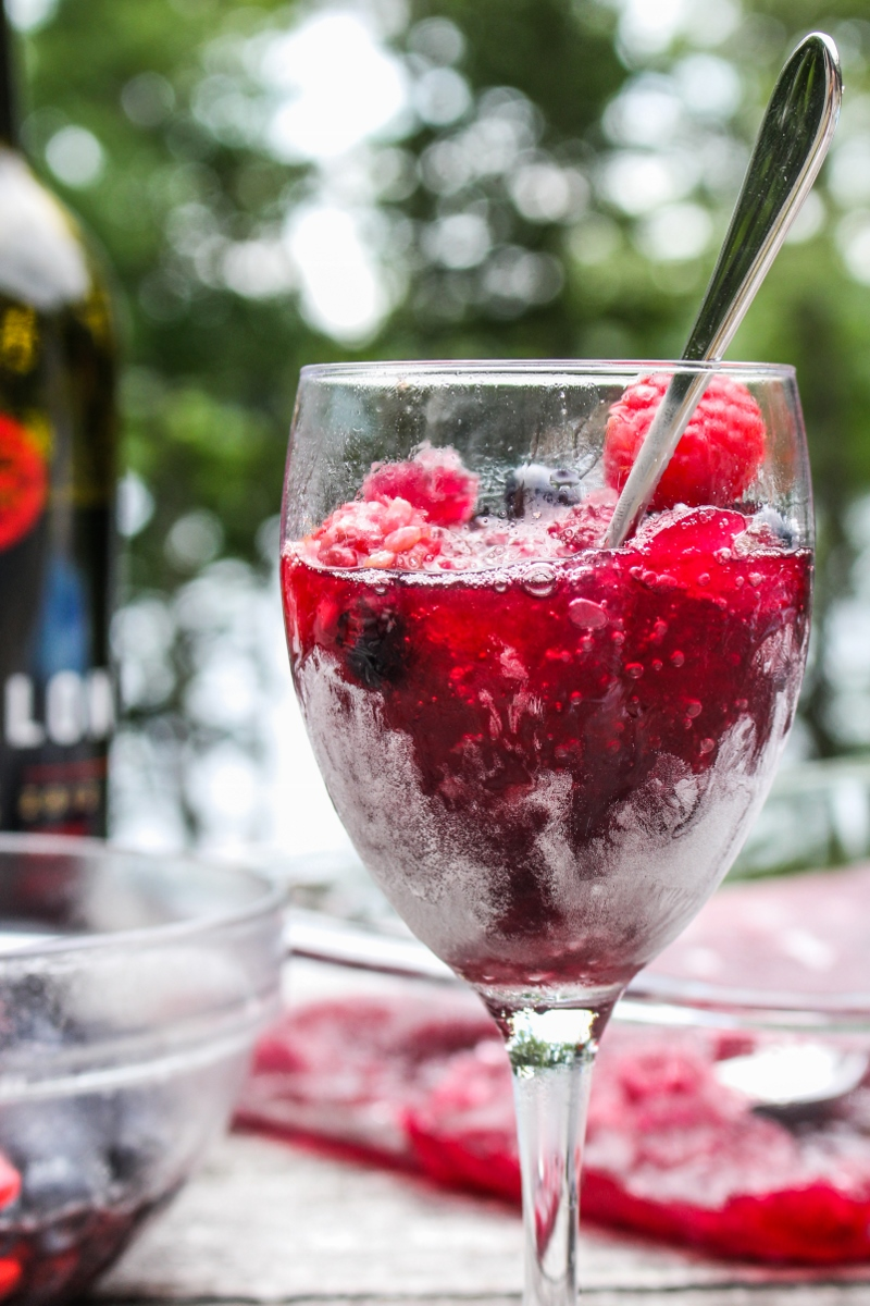 Happy 4th of July! // Berry Sangria Slushies