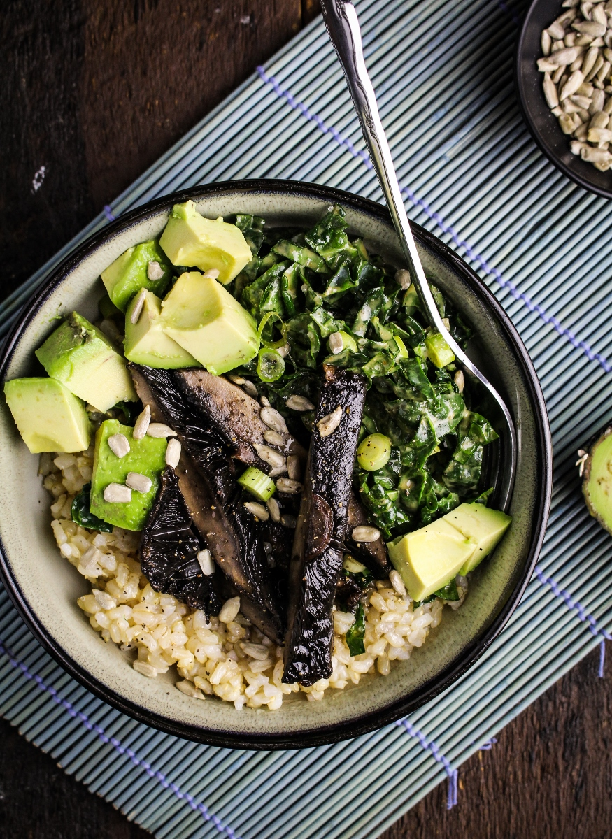 Book Club: Sprouted Kitchen Bowl + Spoon // Tahini Kale Slaw and Roasted Tamari Portobello Bowl