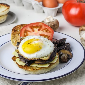 Full English Breakfast Sandwich with Cobblestone English Muffins {Katie at the Kitchen Door} #sponsored