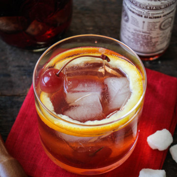 Fig Bourbon Old Fashioned (with Fig-and-Vanilla-Infused Bourbon) | Katie at the Kitchen Dor