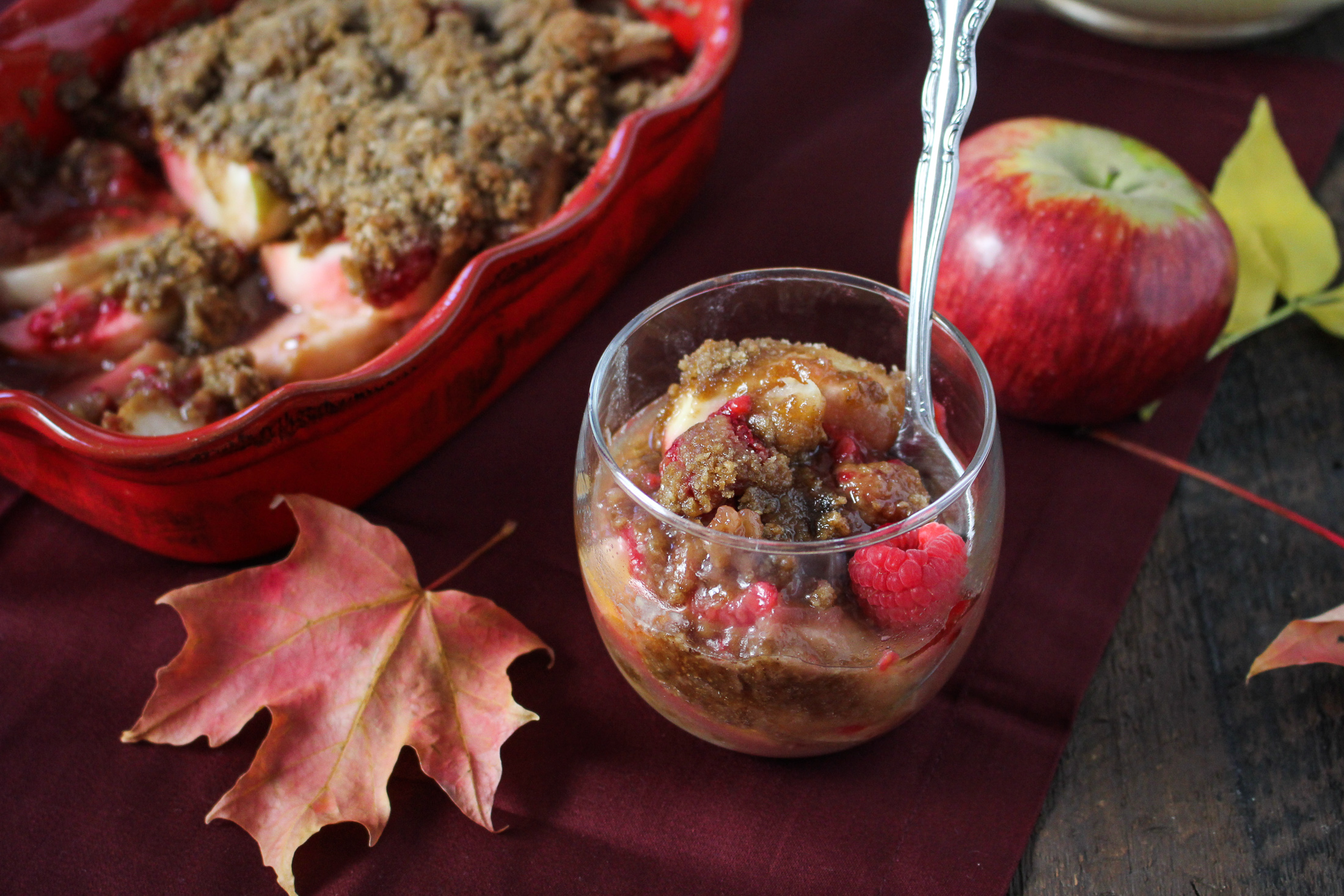 The Perfect Apple // Raspberry Apple Crisp