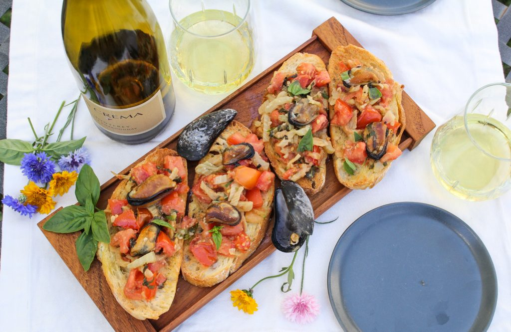 Mussels and Fennel Bruschetta {Katie at the Kitchen Door}
